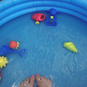 Voeten in het Zwembad tijdens Expeditie Breda
