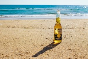 Corona, Wat doen we ermee, Photo by Jake Bradley on Unsplash