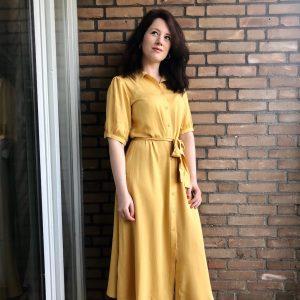 Anne in paasjurk, Week 15, April 2020