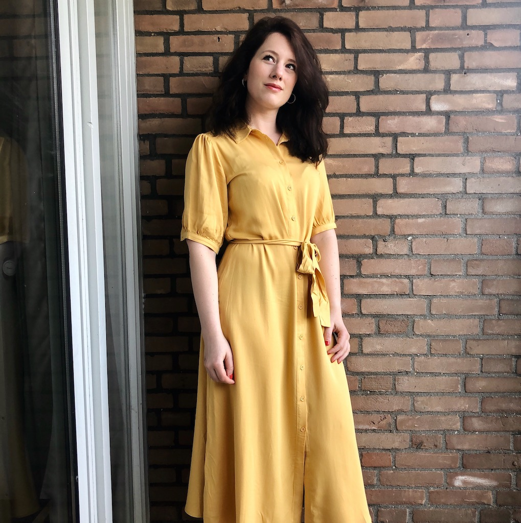 Anne in paasjurk, Week 15, April 2020