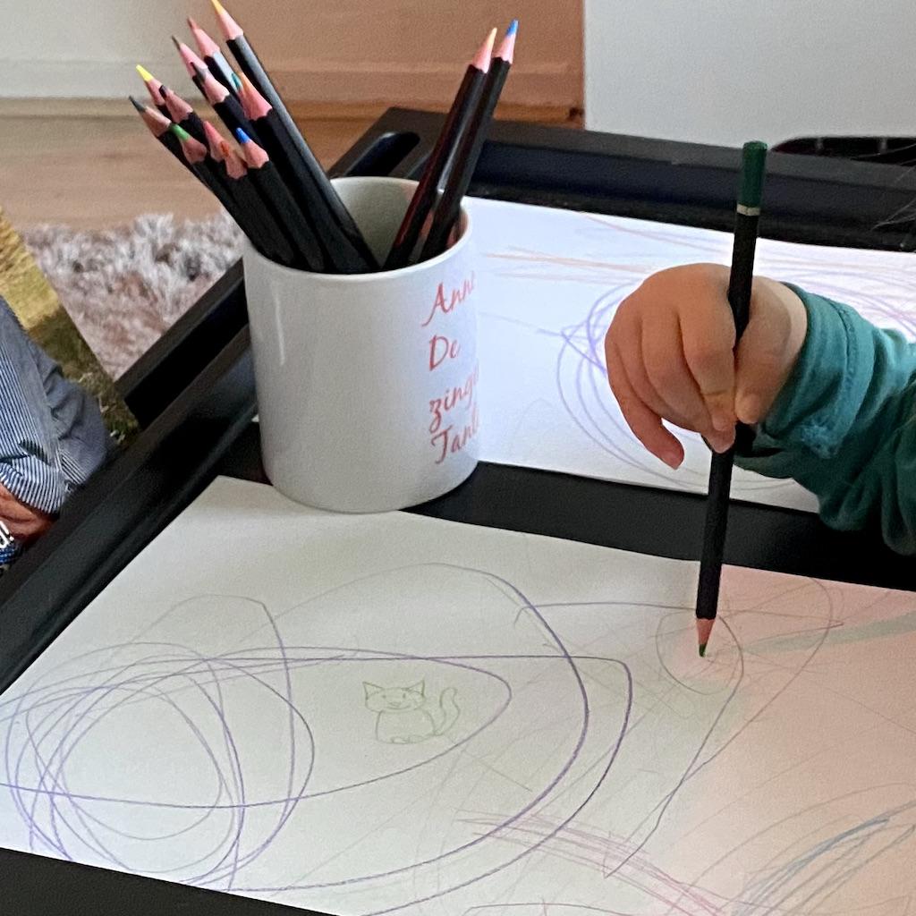 Nichtje met tekening